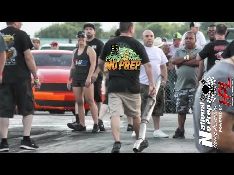 Mustang Exhaust flies off!! At the dirty south no prep event
